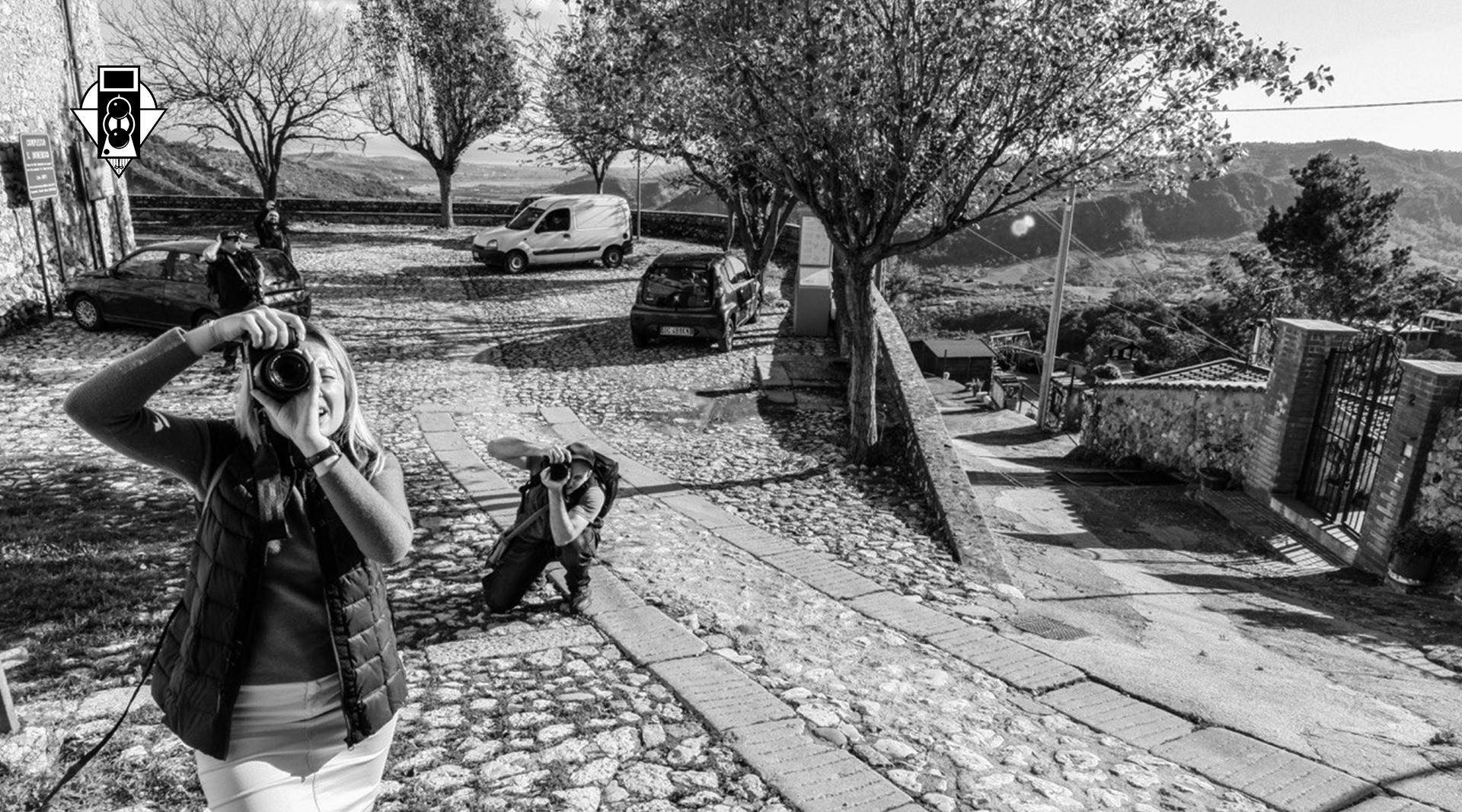 Работа над учебником по фоторепортажу в итальянской экспедиции
